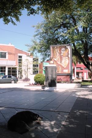 Evita-Denkmal im Stadtzentrum von Formosa