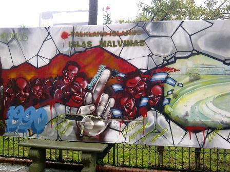 Grafito auf der Plaza de Mayo von Buenos Aires
