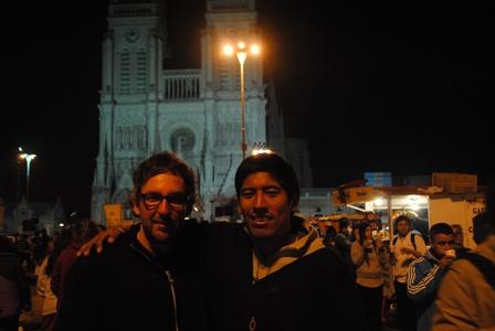 Mit Cristian am Ende der Wallfahrt nach Luján