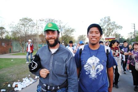 Cristian mit Padre Adolfo (2013)